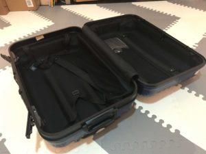 機内持ち込み用スーツケースを開けた時のサイズ感